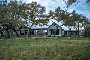 Front outside view of Goliad's exapanisve ranch