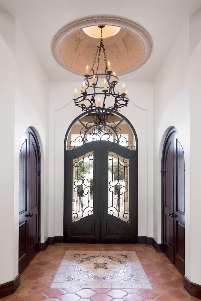 hugo rd - entrance
