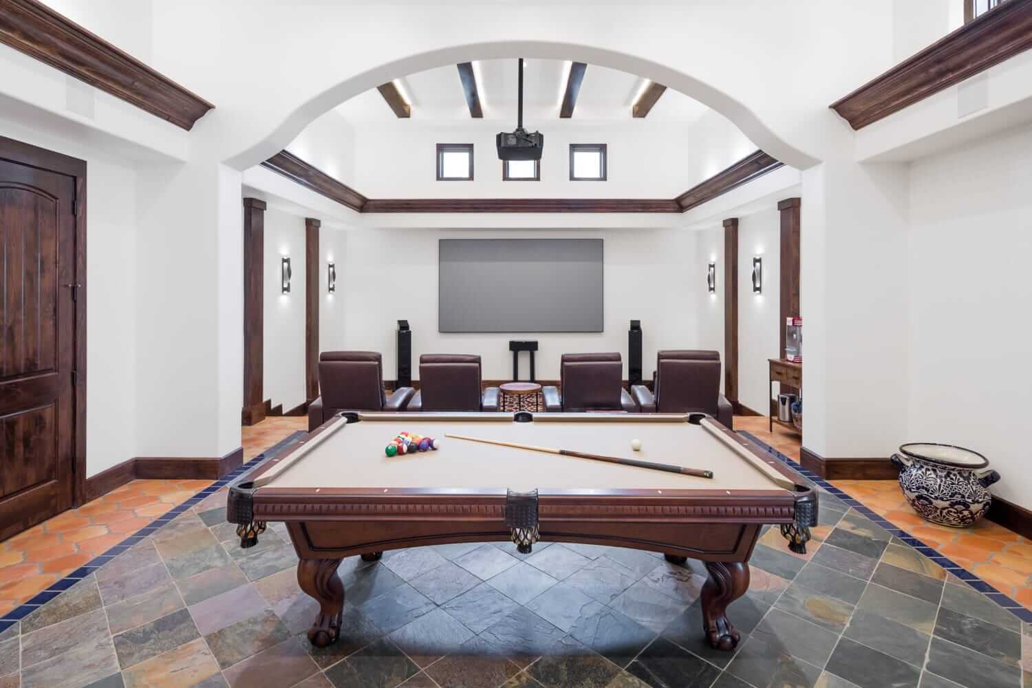 hugo rd - pool room